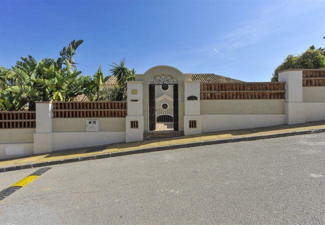 Villa en Marbella - Los Monteros Ocean Views Canovas (VC)