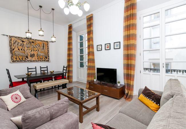 Apartamento en Málaga - Apartamento Raquel Atarazanas Canovas (CM)