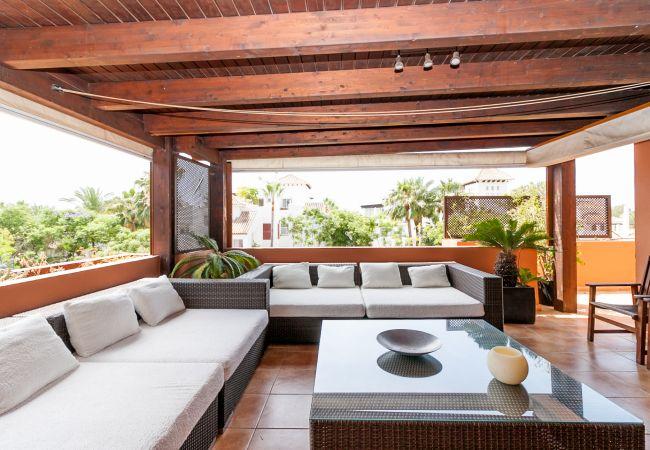Apartment in Marbella - Luxurious Embrujo Playa Penthouse Banus Canovas VC